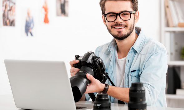 Mandlig fotograf